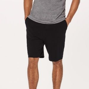 lululemon athletica Shorts - NWT BLACK LULULEMON MEN'S CONNECTOR SHORT - MEDIUM